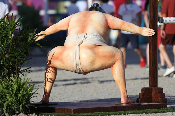The sumo wrestler's presence was the living end.